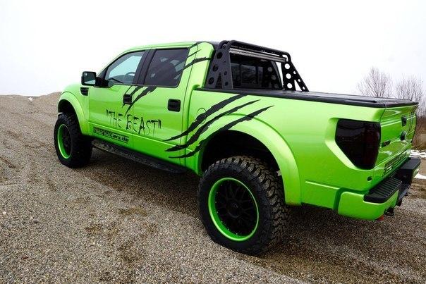 Ford-F-150-SVT-Raptor-6