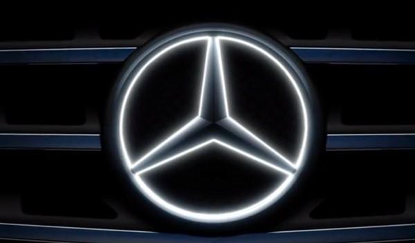 Звезда Mercedes фото