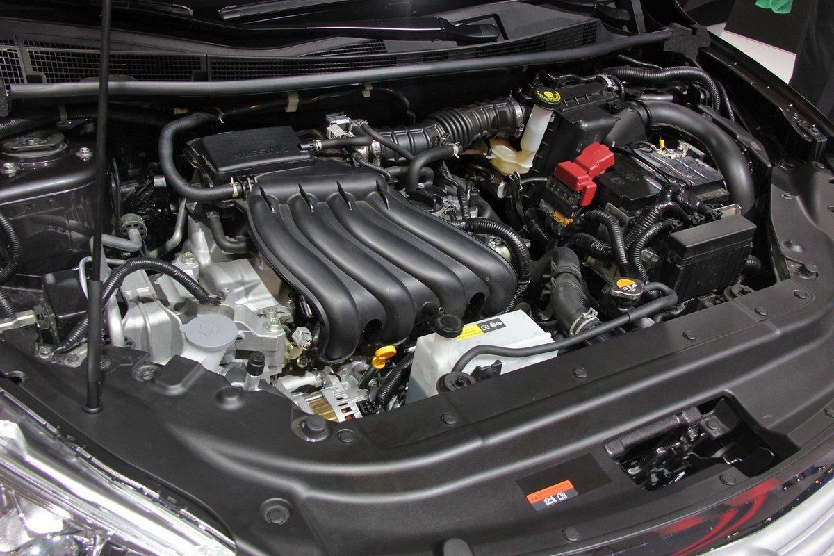 Nissan Sentra фото